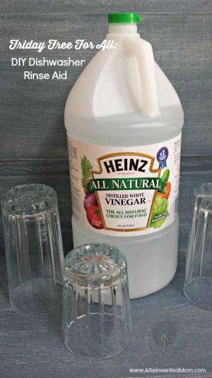DIY Dishwasher Rinse Aid | A Reinvented Mom
