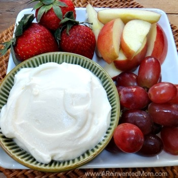Two seemingly incompatible ingredients combine to make the most ine fruit dip ever. Fluffy Marshmallow & Fluffy Marshmallow Cream Cheese Fruit Dip ~ A Reinvented Mom